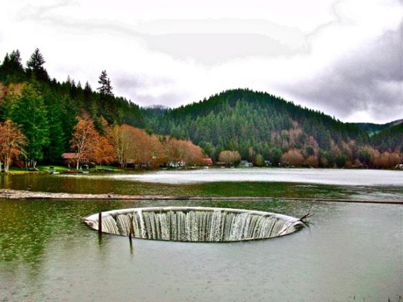 Fishhawk Lake. Oregon.