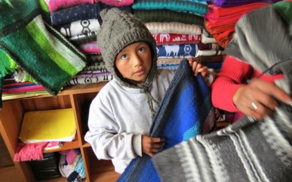 Quilotoa Market. ECUADOR.